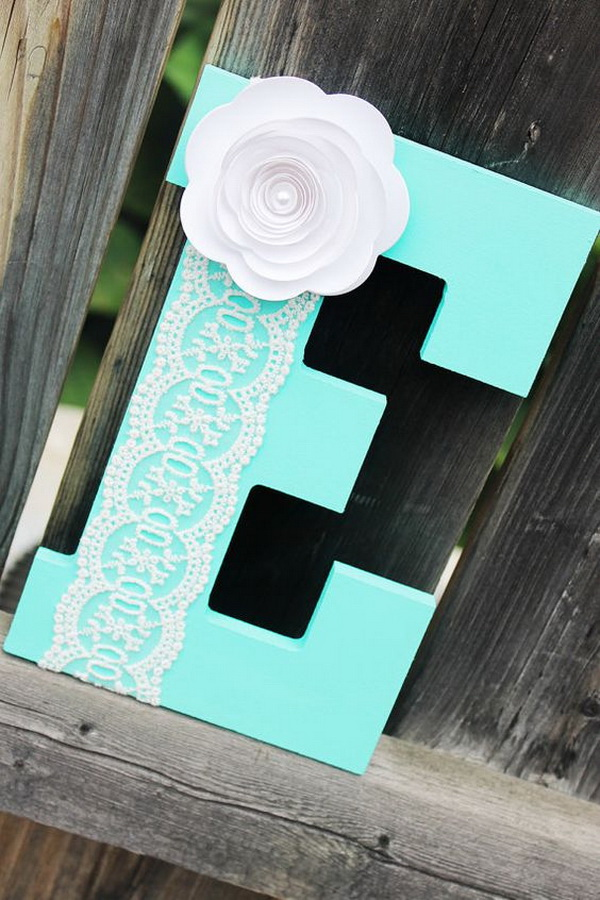 20 pretty diy decorative letter ideas tutorials for Baby room decoration letters