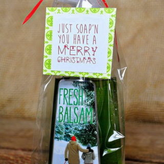 35+ Quick and Easy Christmas Gift Ideas for Neighbors